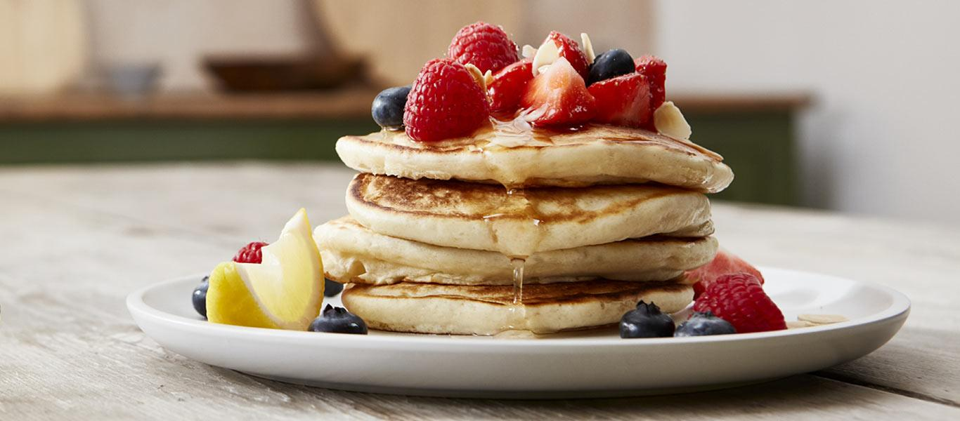 Best Pancake Recipes - Pancakes with Berries