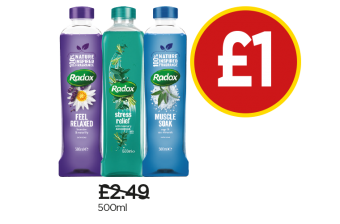 Radox Bath Therapy Relax, Liquid Stress Relief, Herbal Baths Muscle Soak - Was £2.49, Now £1 at Budgens